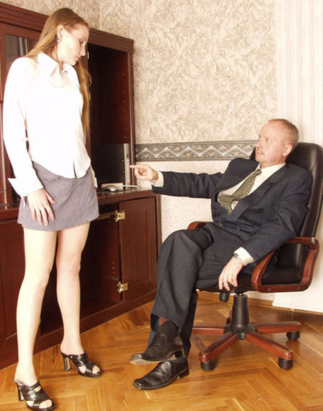 Black Boss Fucks Secretary